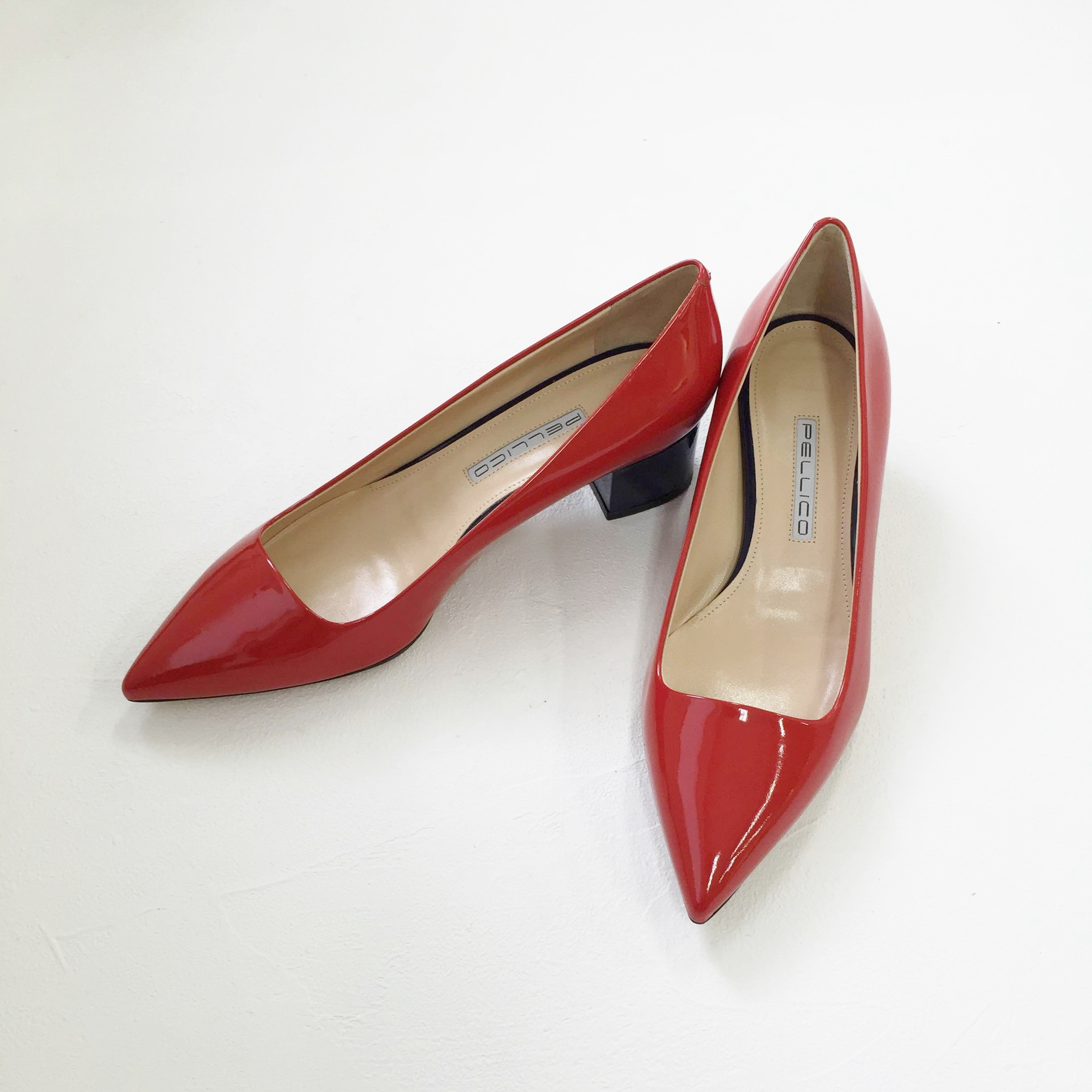 PUMPS ¥46,000+tax / PELLICO