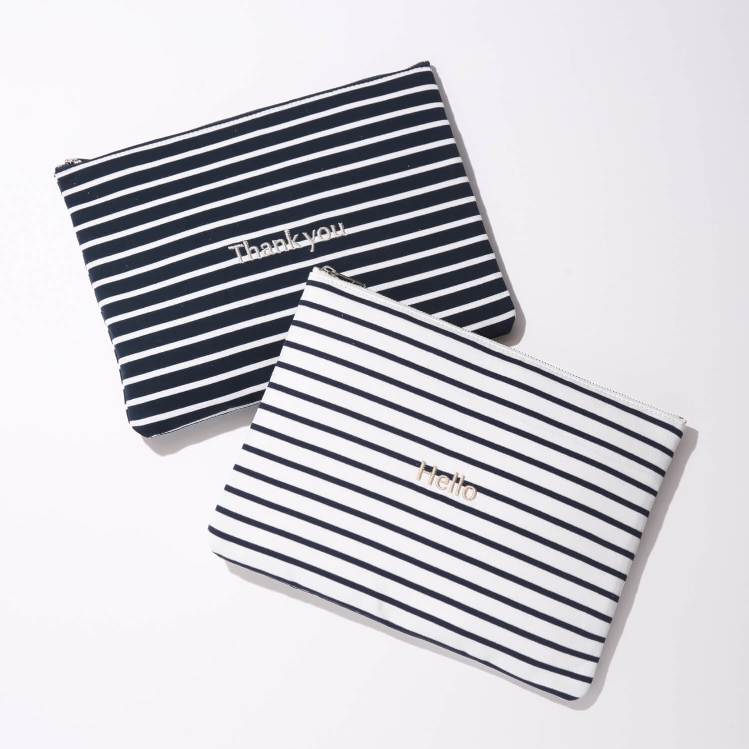 BORDER POUCH  ¥4,500+tax/Drawing Numbers