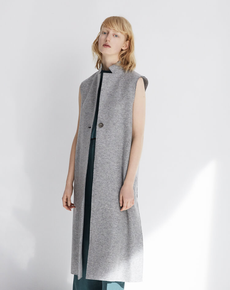2017.06.01 12:00:14 2017 PRE FALL COLLECTION