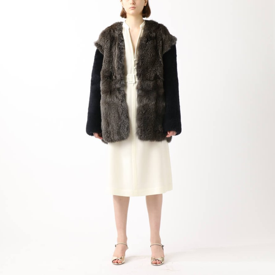 OUTER 570,000円+tax 32PARADIS
