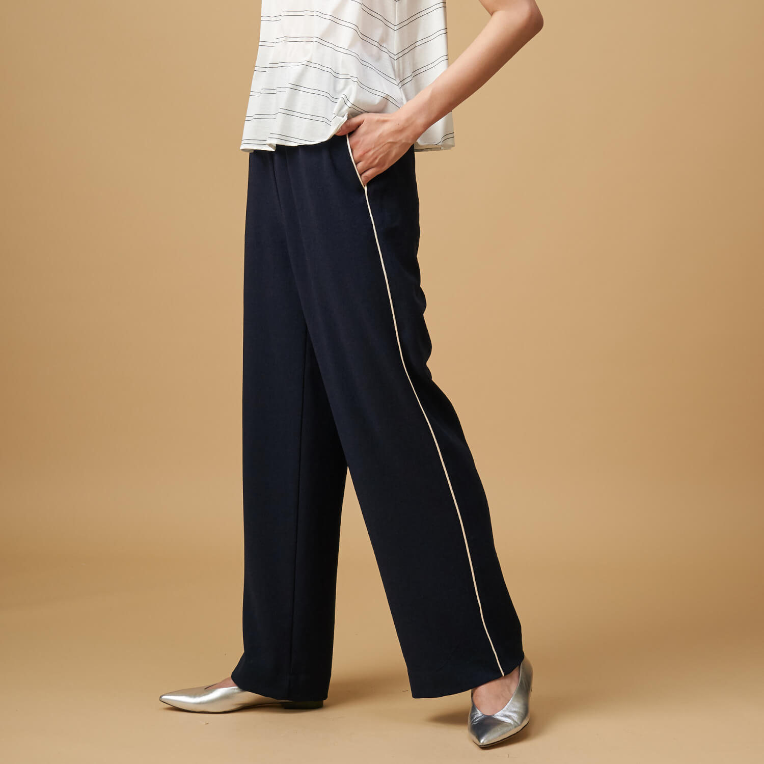 PANTS 26,000円+tax Drawing Numbers
